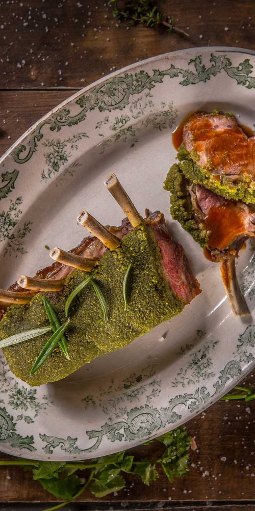 Recette carré d'agneau en croûte d'herbes, Maison Steffen boucherie Luxembourg
