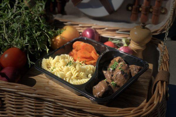 Bœuf Bourguignon - livraison domicile steffen plats cuisinés individuels luxembourg